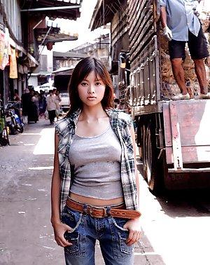 Asian Reality Pics