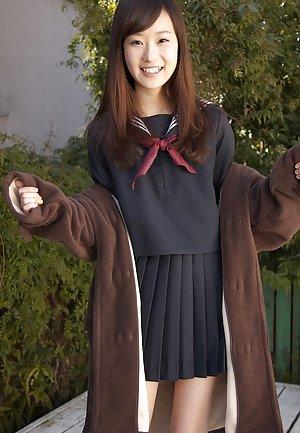 Schoolgirl Pussy Pics